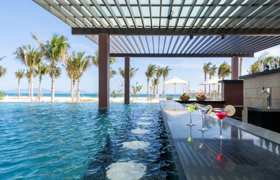Số lượng bể bơi tại Alma resort vượt quy định tiêu chuẩn 5 sao của nghành du lịch Việt Nam